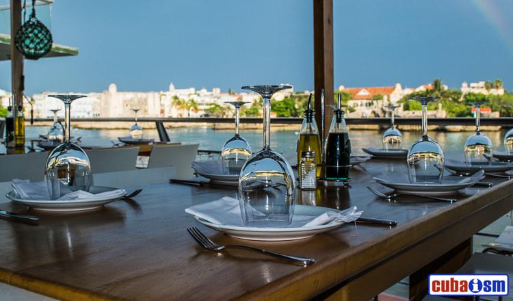 cuba recipes .org - Rio MarRiomar Restaurant's Terrace Overlooking the Sea, Miramar, Havana, Cuba